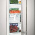 Zeer parktisch de Liebherr GNes3076 is de geintegreerde ijslbokjesmachine en het vingervlekvrije roestvrijstaal