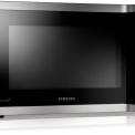 De Samsung MC547TDRCSR heeft een uitschakelbaar glazen draaiplateau