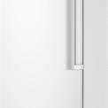 De Samsung RZ28H6005WW heeft een digitaal bedieningspaneel aan de buitenzijde