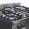 De branders van de Smeg DS9GMX zijn allemaal voorzien van automatische vonkonsteking en thermokoppel vlambeveiliging