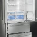 Het interieur van het koelgedeelte van de Smeg FQ55FXE1