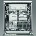 Het interieur van de Zanussi ZDF26001WA vrijstaande vaatwasser wit