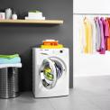 De Zanussi ZWF01483WH wasmachine heeft een vulgewicht van 10 kg.