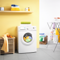 De Zanussi ZWF61403W wasmachine is voorzien van energielabel A+ en daarmee erg zuinig
