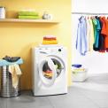 De Zanussi ZWF91483W wasmachine is met energielabel A+++ extreem zuinig