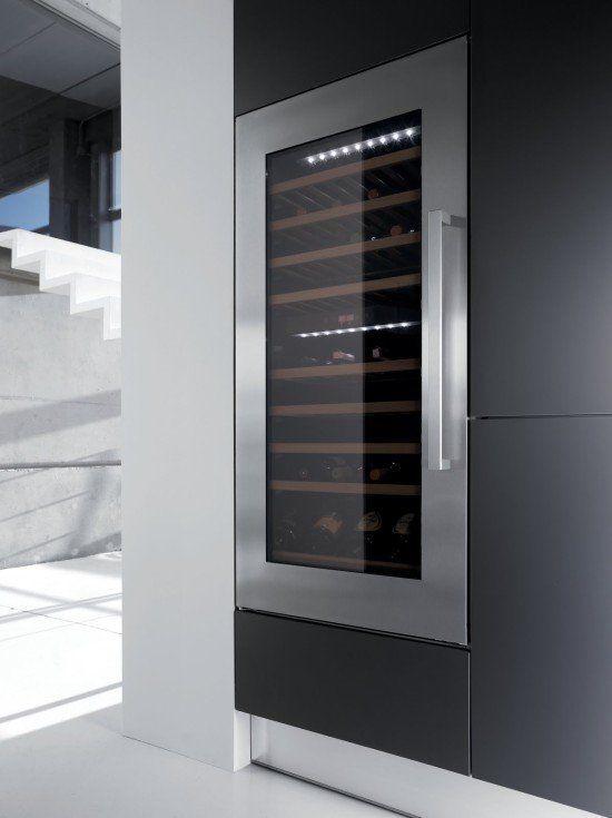 Kuppersbusch introduceert twee nieuwe wijn koelkasten waaronder deze inbouw wijnkoelkast type EWK1220-0-2Z