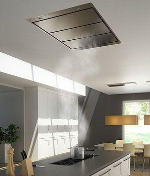 Een plafond unit afzuigkap is vergelijkbaar met een inbouw afzuigkap maar is dan bevestigd in een (verlaagd) plafond.