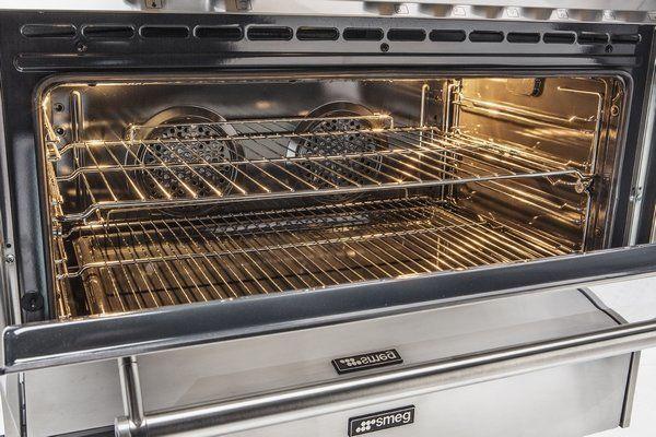 Zeer praktisch is de snelle opwarmtijd van de oven: in ongeveer 10 minuten naar 180 graden
