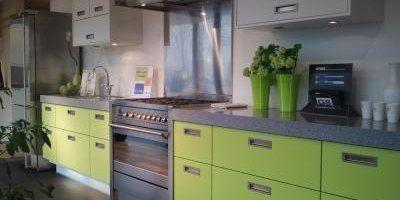 Strak Inbouwen Van Fornuis In Keuken