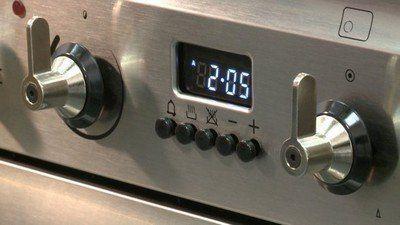 Als de oven het niet meer doet staat vaak de klok niet ingesteld