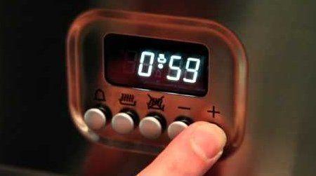Video voor het eenvoudig instellen van de tijd van een Boretti fornuis