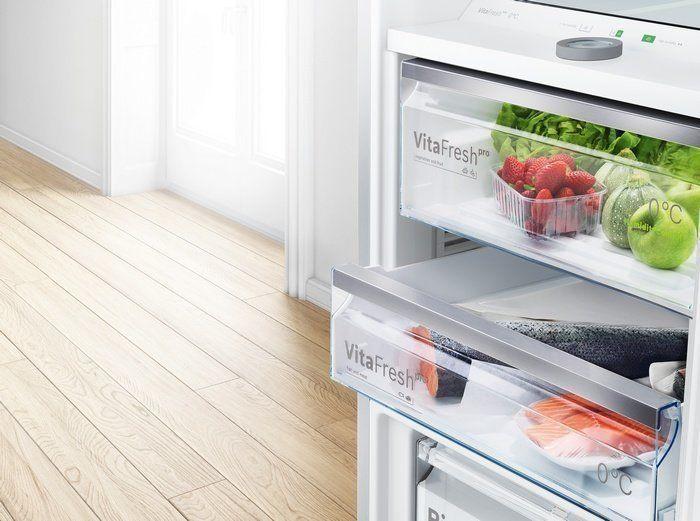 De  VitaFresh Pro groente- en fruitlade biedt de ideale luchtvochtigheid voor groente en fruit.