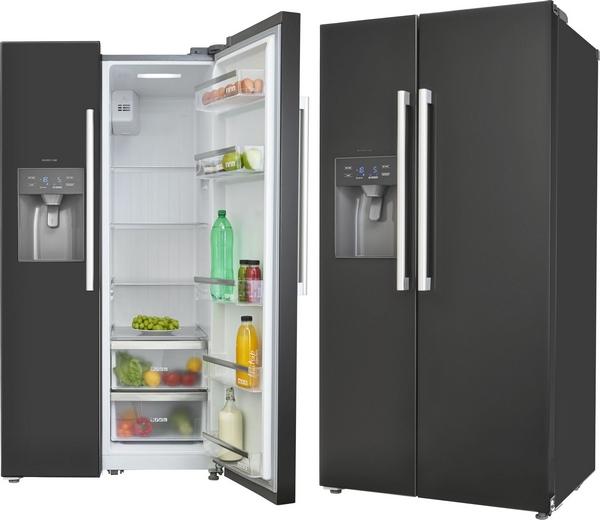Zwarte Amerikaanse koelkast met water- en ijsdispenser