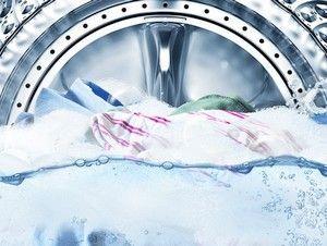 De nieuwe QuickDrive wasmachines gaan tot 70% beter om met delicaat wasgoed.