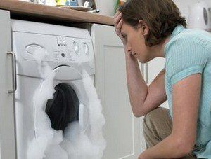 Schakel de service dienst van De Schouw Witgoed in voor reparatie aan uw wasmachine