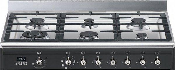 Het kookgedeelte is vernieuwd met een strakkere pandrager en een 4,0 kW wokbrander